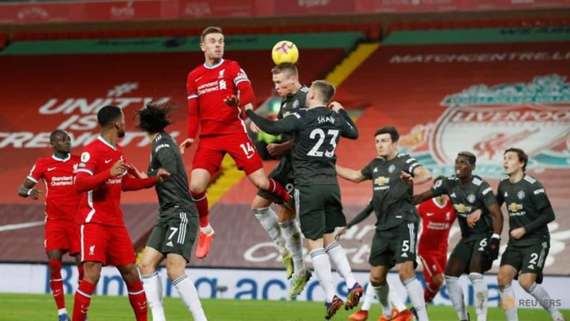 Football: Man United v Liverpool game sparks complaints from colour-blind fans
