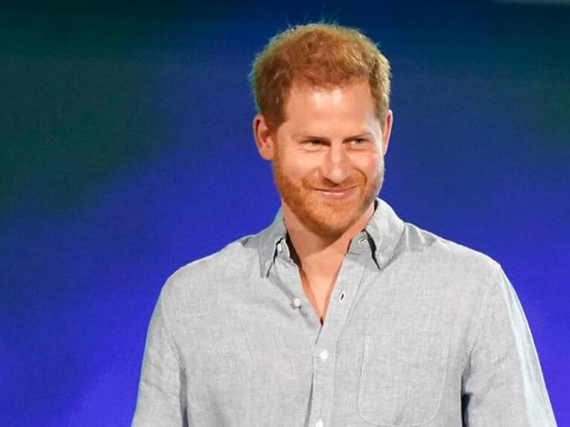"""Prince Harry thought about quitting royal life in his 20s, compared life to """"living in a zoo"""""""
