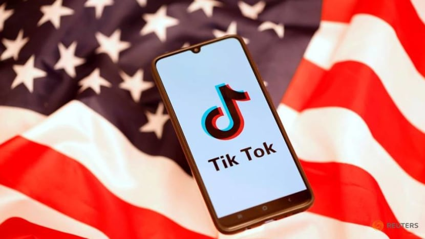 Trump looked at banning further Chinese apps in addition to TikTok: Meadows