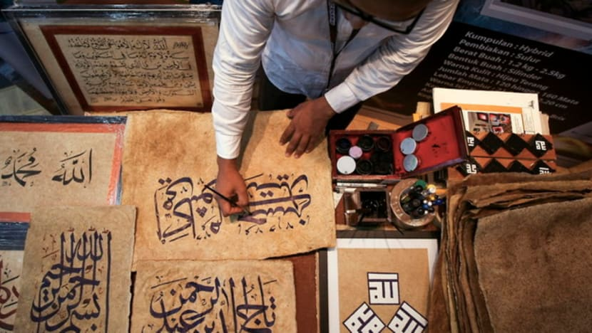 Malaysia's educationists against teaching of jawi calligraphy in vernacular schools as controversy rages