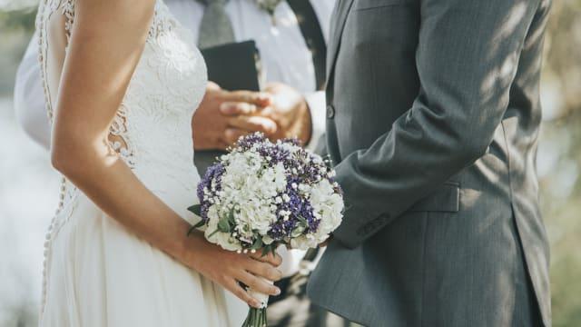 婚庆行业受防疫措施影响  律政部提供免费调解服务