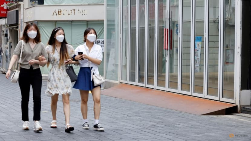 South Korea's daily COVID-19 cases hit record, surpass 2,200