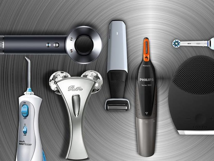 Guys: The secret to always looking handsome lies in having the right gadgets