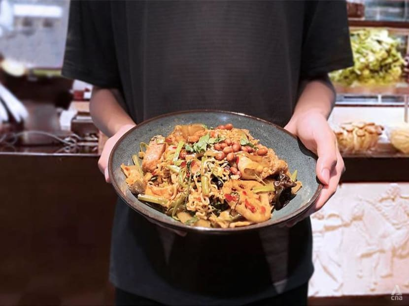 Spicy food equals weight loss? That mala xiang guo is actually packed with calories
