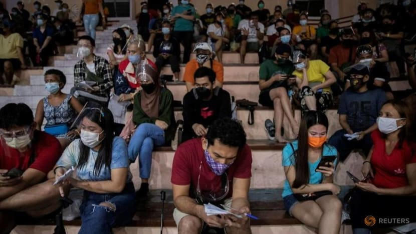 Philippines to extend night curfew in Manila amid COVID-19 surge