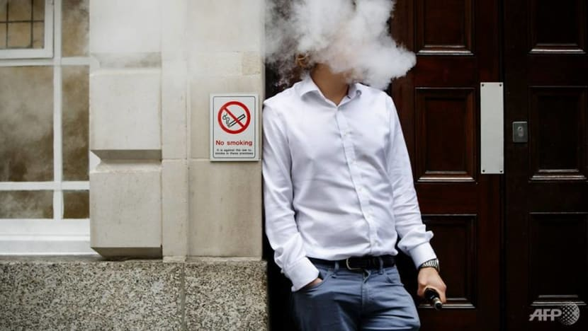 Dozens of US teens hospitalised with lung disease after vaping