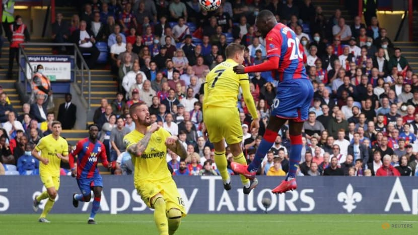Soccer-Palace held by Brentford in goalless stalemate