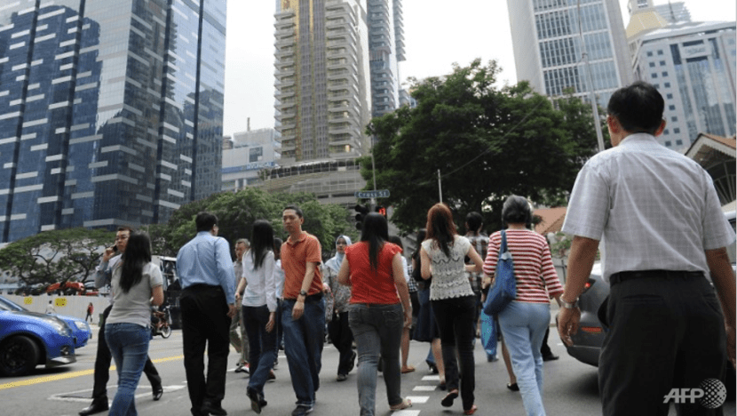 Civil servants to get 0.45-month mid-year bonus and one-off lump sum payment
