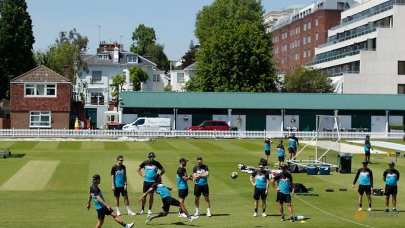 Cricket-New Zealand win toss and elect to bat against England in first test