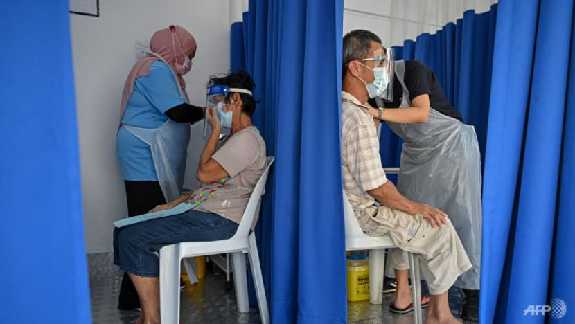 Dining in, non-contact sports allowed for fully vaccinated people in more Malaysian states starting Aug 20