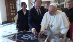 Football: French PM Castex gives pope signed Lionel Messi jersey