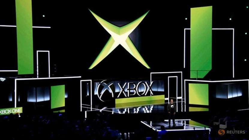 Microsoft plans to tap smart TVs, streaming devices for Xbox games