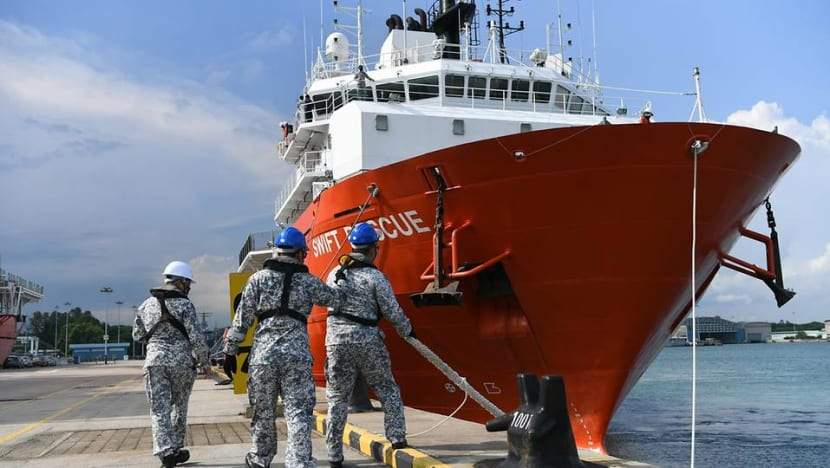 Vessels from Singapore and Malaysia to assist in search for missing Indonesian submarine