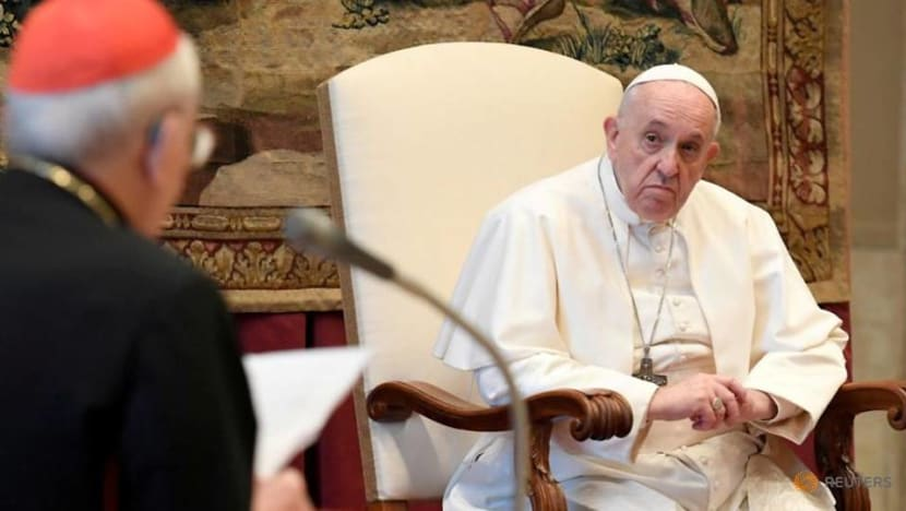Pope to miss events due to new flare up of leg pain