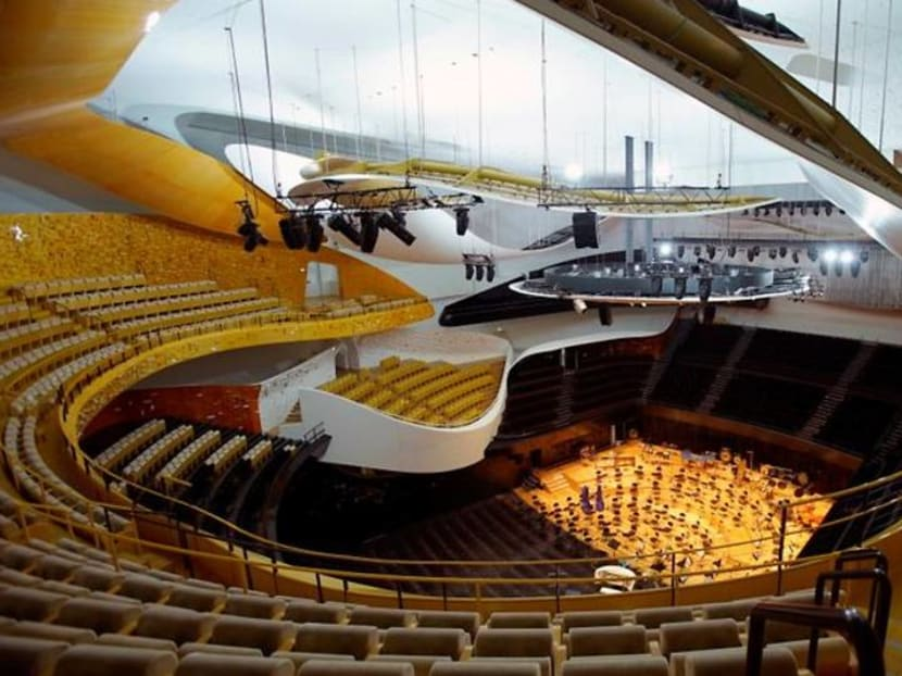 How do you cut COVID risk in one Paris concert hall? Pump in less air, says study