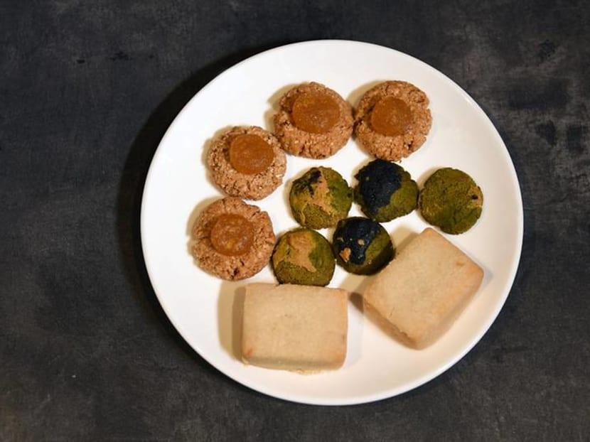 Are you ready for vegan, paleo, low-sugar CNY snacks? Here's a taste test
