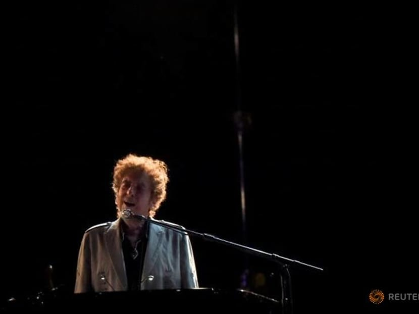 Bob Dylan sells entire song catalog to Universal Music