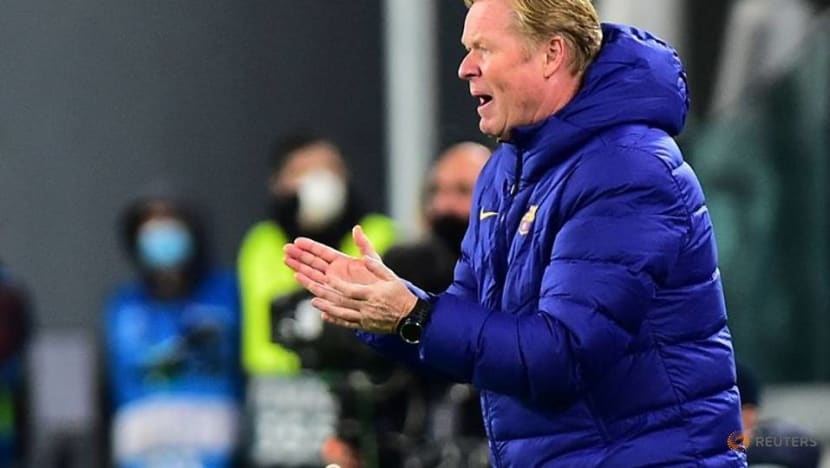 Koeman urges Barca to not be 'obsessed' by poor start
