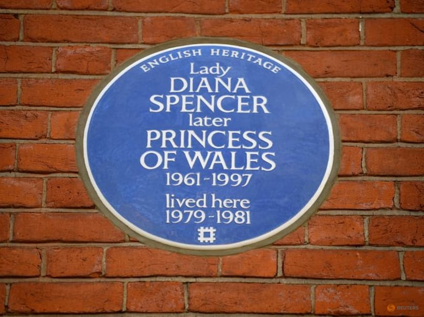 Princess Diana honoured with blue plaque at former London flat