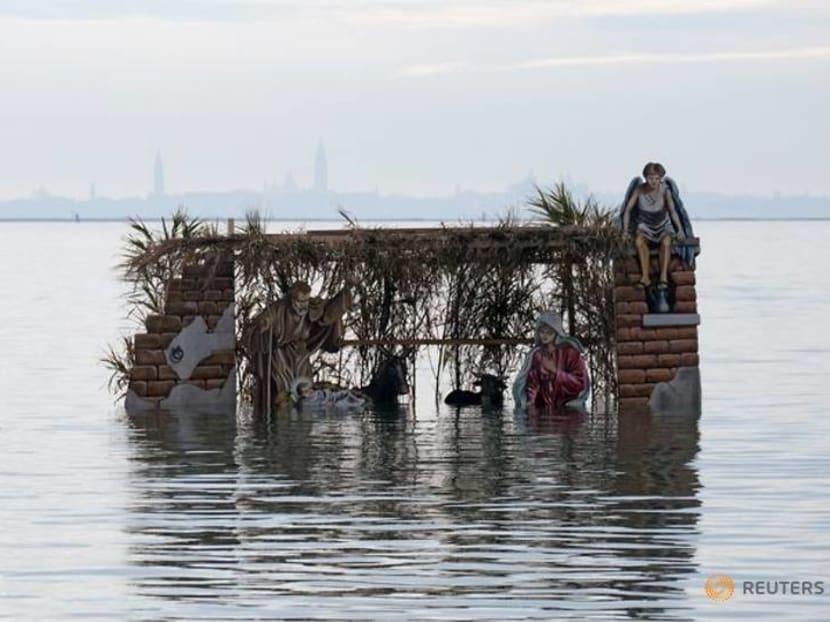 Floating nativity brings Christmas to Venice lagoon