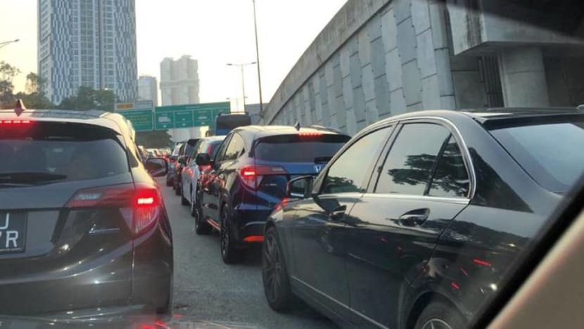 Complaints of Causeway, Second Link congestion as Singapore bans foreign vehicles with outstanding fines: Report