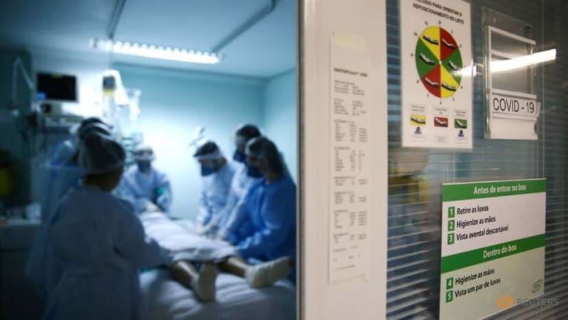 Younger people filling up COVID-19 intensive care wards in Americas, PAHO says