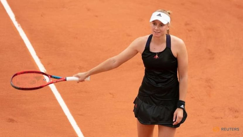 Tennis-Rybakina stays cool after win over Serena