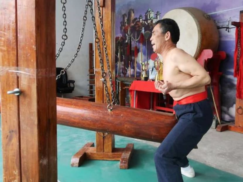 """Chinese """"iron crotch"""" kung fu masters fight to preserve a painful-looking tradition"""