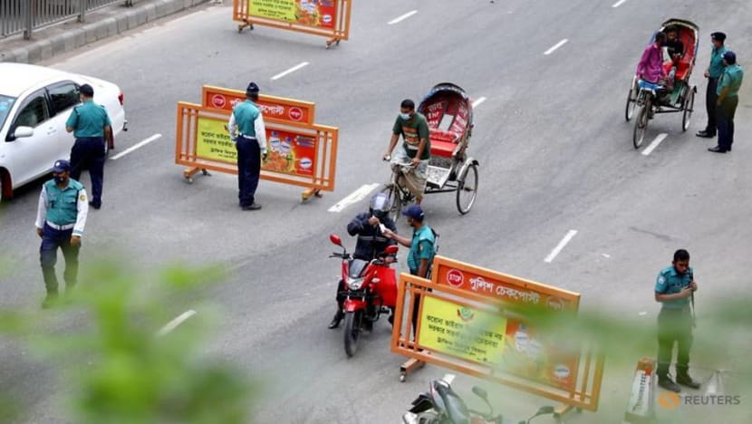 Bangladesh extends lockdown to combat COVID-19 surge