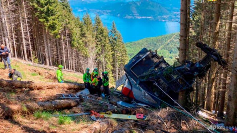 Italian cable car crash kills nine, injures two children