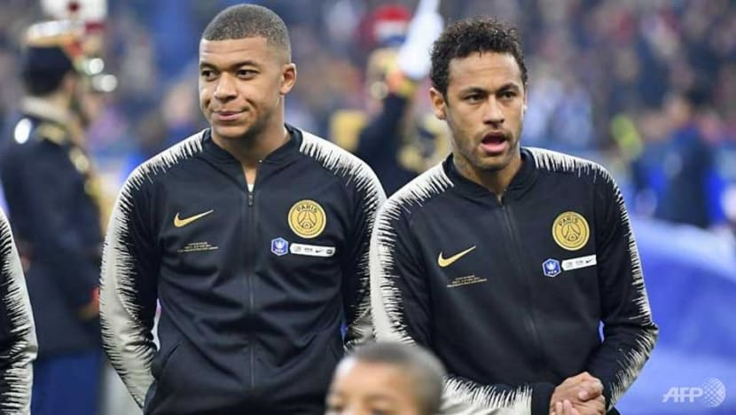 Football: PSG coach Tuchel hits out at Neymar after fan attack