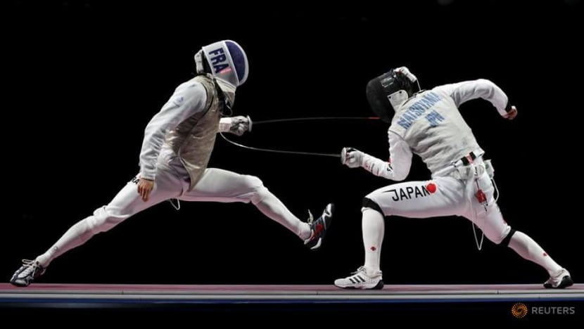 Olympics-Fencing-France and ROC to face off for men's team foil gold