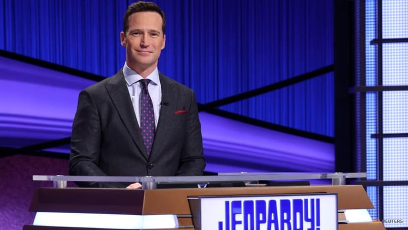 Newly minted 'Jeopardy!' host Richards out over past comments