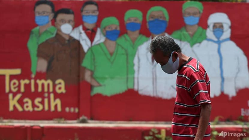 Indonesia plans mass vaccination campaign as COVID-19 cases hit another daily record