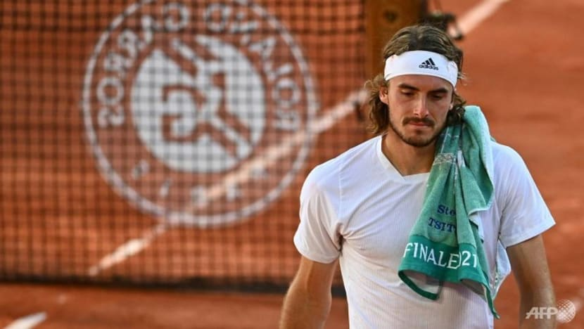 Tennis: Grieving Tsitsipas pulls out of Wimbledon warm-up in Halle