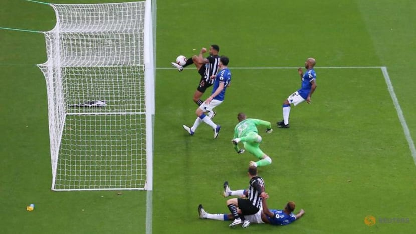 Football: Wilson on the double as Newcastle down Everton 2-1