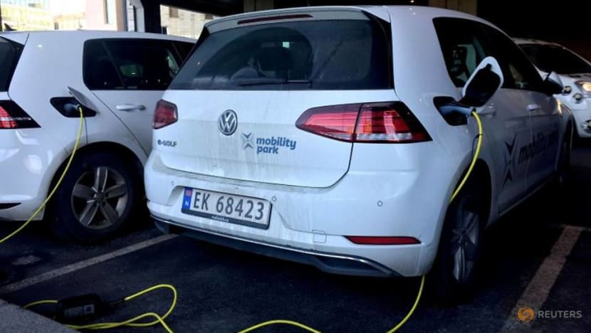 Battery costs fall, make electric vehicles cheaper: BMI