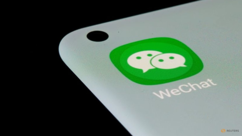 Tencent bows to regulator, allows WeChat users access to rivals' links