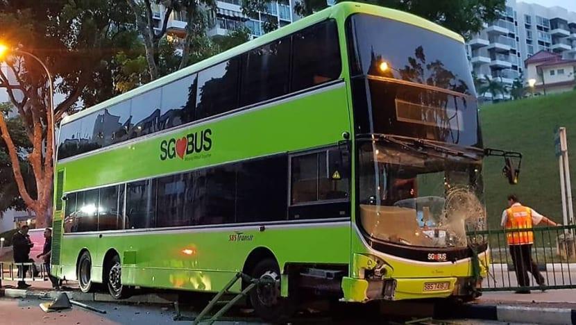 SBS bus mounts road divider in Simei; 1 taken to hospital