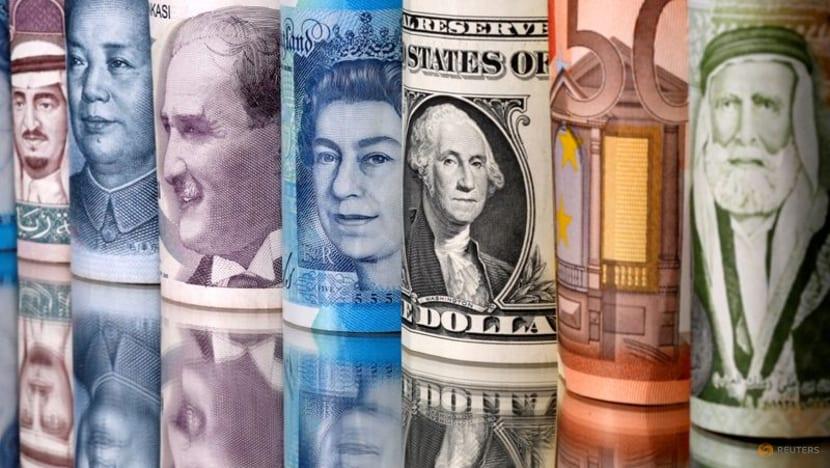 Virus worries drag down stocks ahead of US data