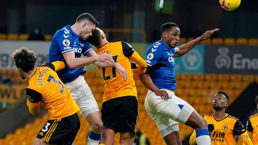 Football: Keane seals win for Everton at Wolves