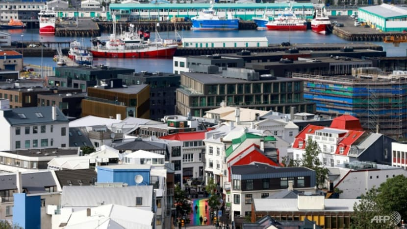 Iceland votes as hung parliament predicted