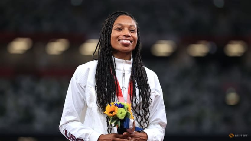 Athletics: Simply 'amazing' Felix claims record 10th medal