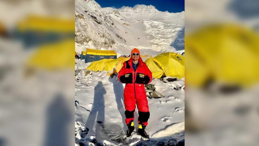 'Very worrying': What it's like climbing the world's fourth-tallest mountain during COVID-19