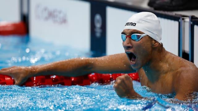 美国泳队夺东奥首金 突国小将爆冷摘男400米自由泳金牌