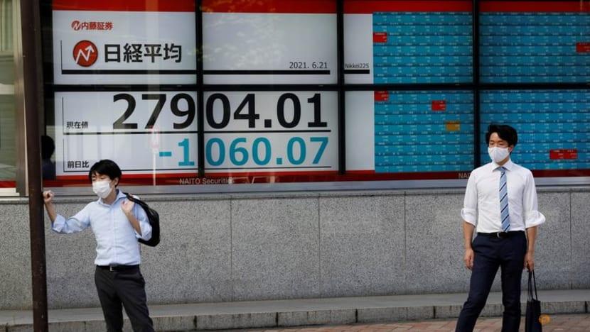 Stocks hold gains on easing Fed taper worries as Powell speech awaited