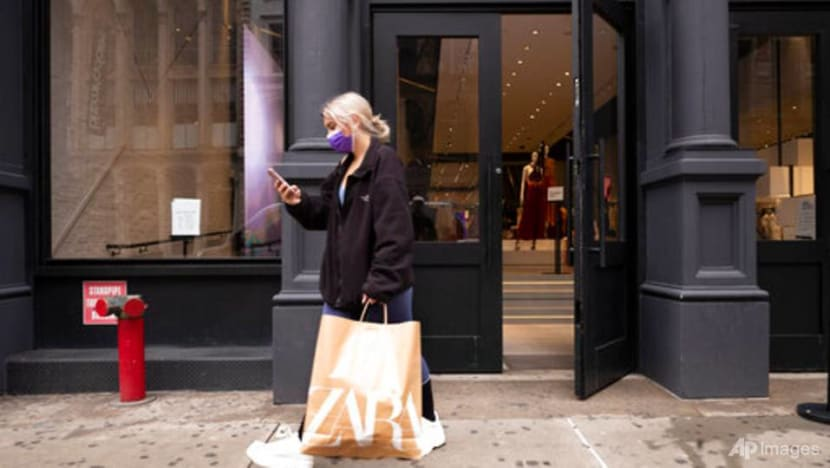 US consumer confidence returns to pre-pandemic levels