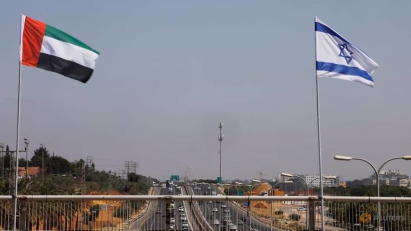 Israeli and US officials fly to UAE to cement 'normalisation' deal