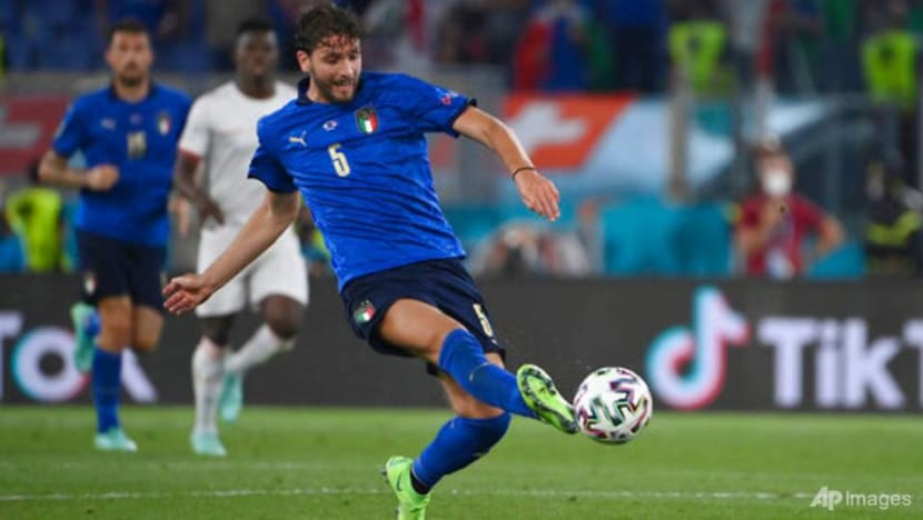 Football: Locatelli brace eases Italy into Euro 2020 knockouts