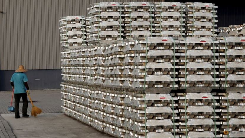 China's Yunnan imposes output curbs on aluminium, cement makers